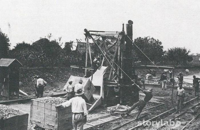 Costruzione dell'autostrada Milano Bergamo nel 1927