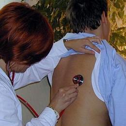 Super lavoro per i pediatri «Troppi allarmi ingiustificati»