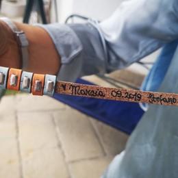 Un anno fa la tragedia dell'aereo caduto Ora il segno di rinascita in un braccialetto