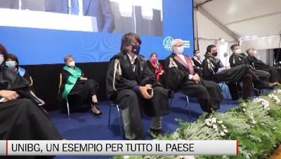 Il ministro Manfredi al Graduation day: «Unibg un esempio per tutto il Paese»