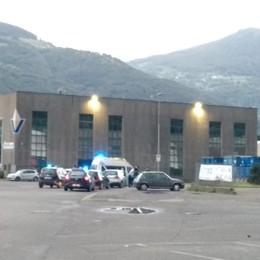 Inseguito, tenta di investire un carabiniere Sparatoria e arresto, ferito un 51enne