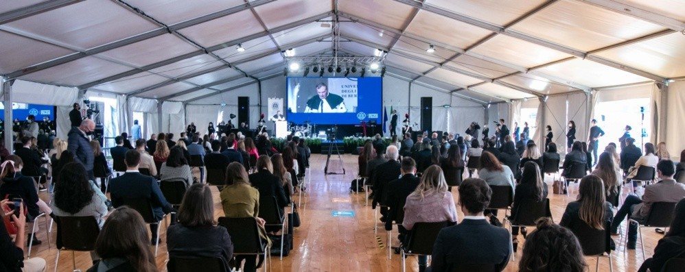 Unibg celebra i mille laureati a distanza «Siete un grande esempio di comunità»