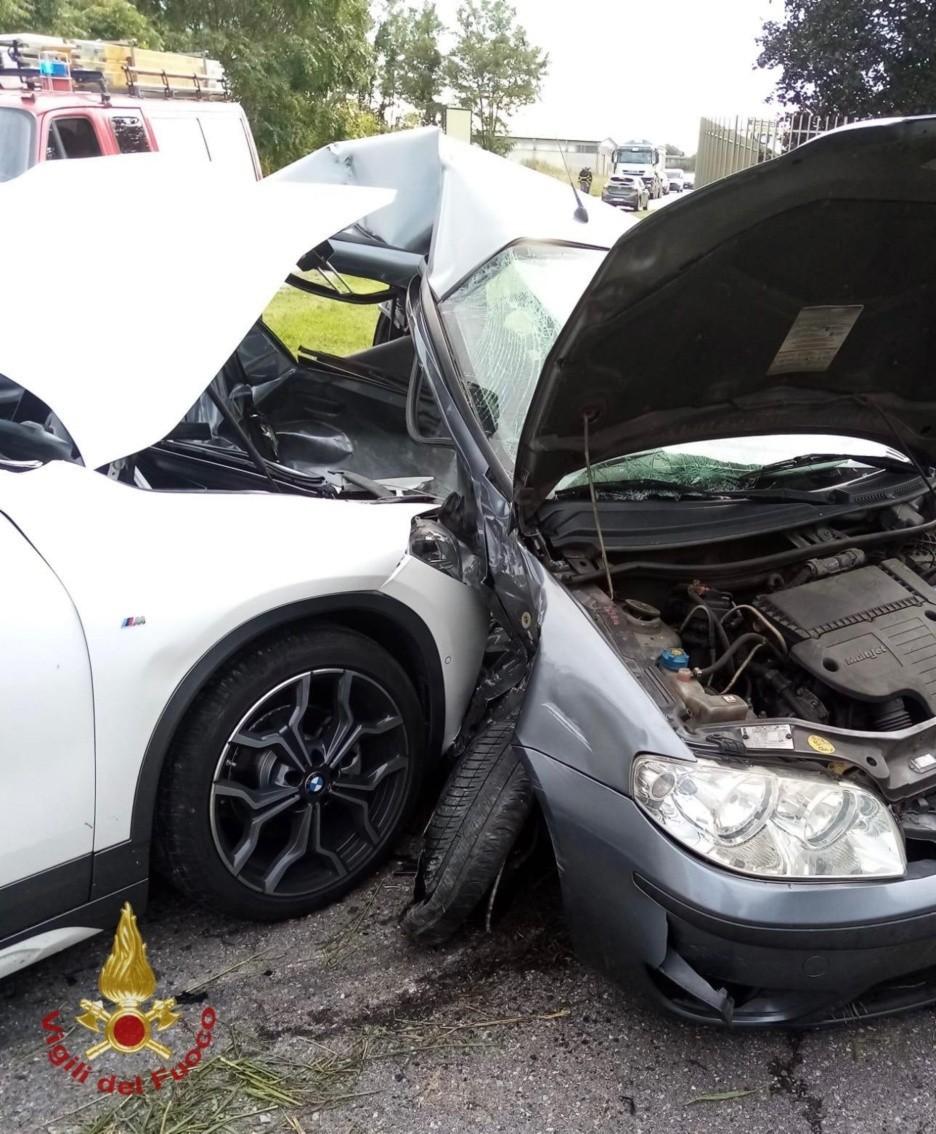 Le due auto coinvolte nello schianto