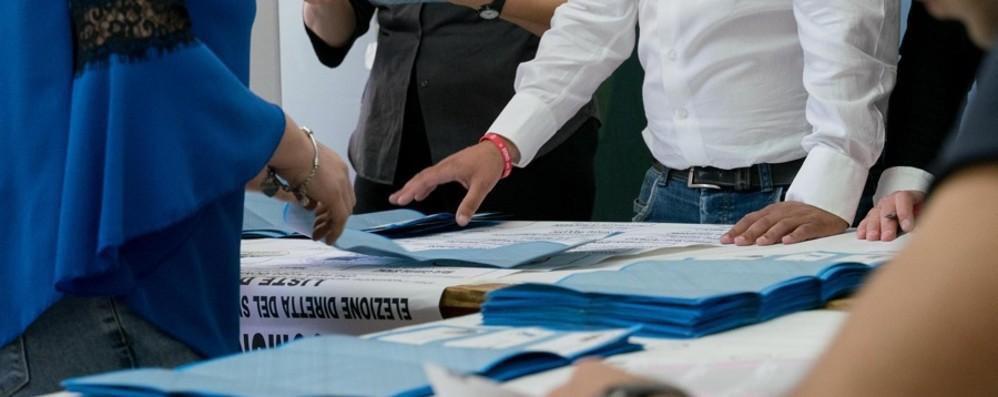 «Ai seggi per votare servirà pazienza» Oltre 40 mila elettori cambiano sede