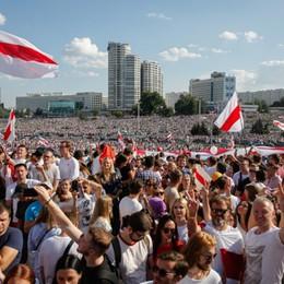 La Bielorussia abbandonata chiede solo elezioni vere