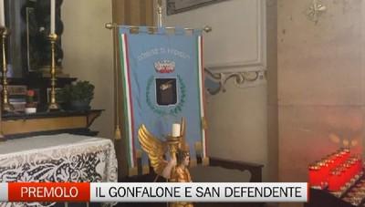 Premolo, il gonfalone comunale sull'altare di San Defendente