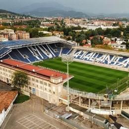 «Riapriamo gli stadi in sicurezza» Fontana, all'aperto mille spettatori