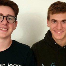 Trovano un portafogli con 1.840 euro  Treviolo, due ragazzi lo riconsegnano