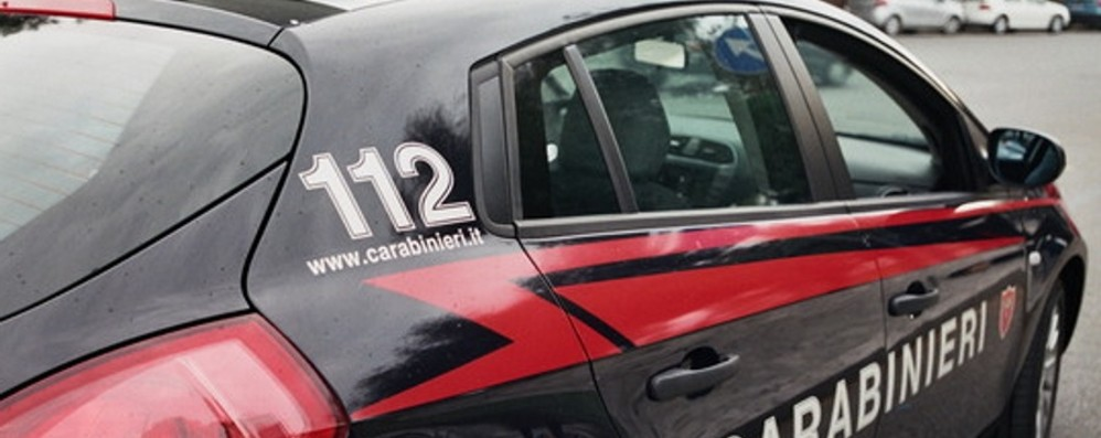 Corriere Amazon sequestrato e rapinato Cinque arresti per l'assalto al tir a Casirate