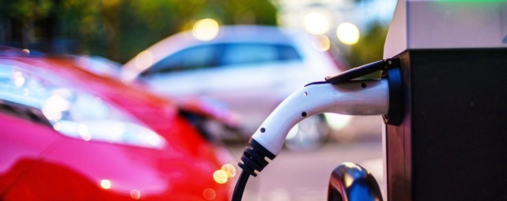 Enel e Ip, ricarica ultrafast a Zanica Pieno per auto elettriche in 15 minuti