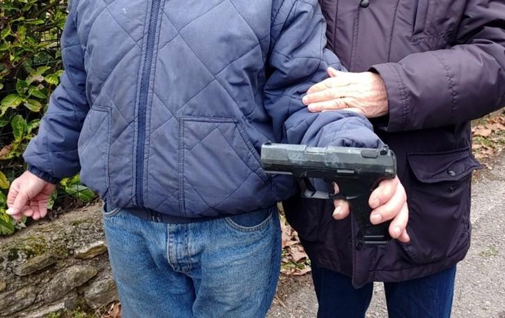 Pistola lungo il Grandone Indagano i carabinieri