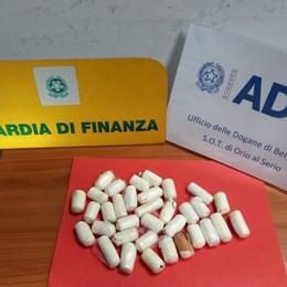 Preso corriere della droga a Orio al Serio Trovati 34 ovuli di cocaina sotto i vestiti