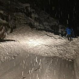 Valanga sulla provinciale  Chiusa la strada per Foppolo