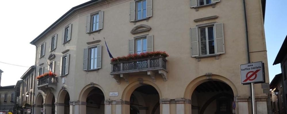 Zona rossa, leggeva in piazza a Treviglio Respinto il ricorso dell'anziano multato