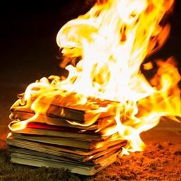 Teatro del Vento nel Giorno della Memoria racconta i libri ebraici bruciati