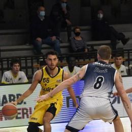Basket, Treviglio si aggiudica il derby Bergamo a testa alta ma altro ko
