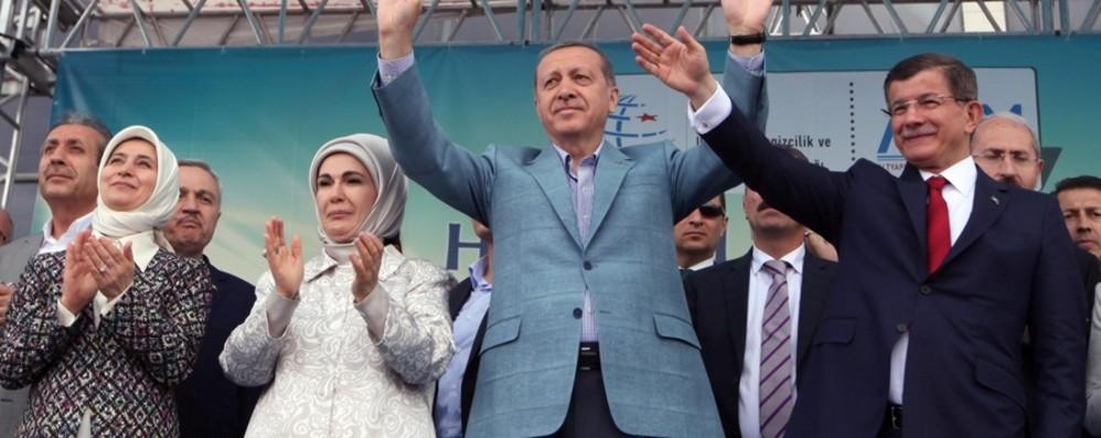 Non diamo stampelle al regime di Erdogan