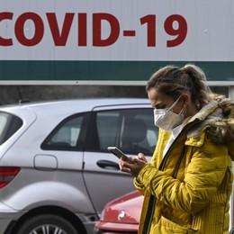 Covid, i casi comune per comune Con la zona gialla balzo dei contagi