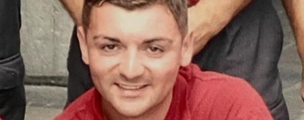 Investito, muore a 32 anni: addio a Mauro Era un volontario dei pompieri di Romano