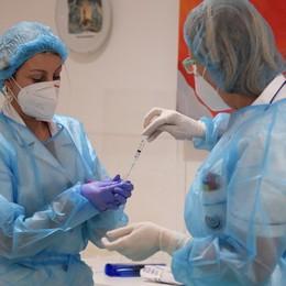 Vaccini, 4.000 dosi da «assegnare» Procede la fase 1-bis, oggi una riunione