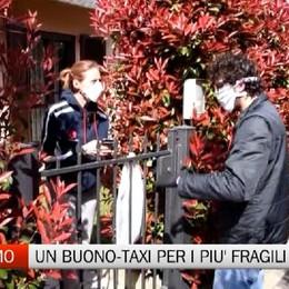 Bergamo - Un «voucher» taxi per le persone più fragili