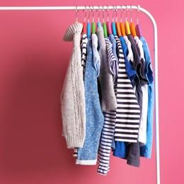 Buone pratiche e falsi miti: come vestire sostenibile evitando le trappole
