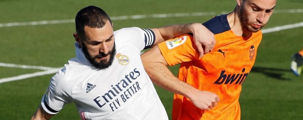 Champions, forfait di Benzema Real a Bergamo con 19 giocatori