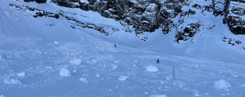 Incidente sulla neve per 4 scialpinisti Lizzola, un 23enne grave e tre salvi