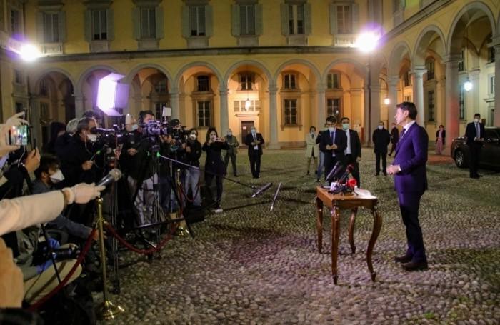 Il premier Giuseppe Conte il 28 aprile a Bergamo