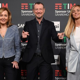 Sanremo, risalgono gli ascolti con i duetti Forfait di Simona Ventura: positiva a Covid