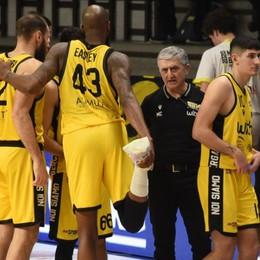 Basket A2, Bergamo travolge Milano  Buono l'esordio dell'americano Jones