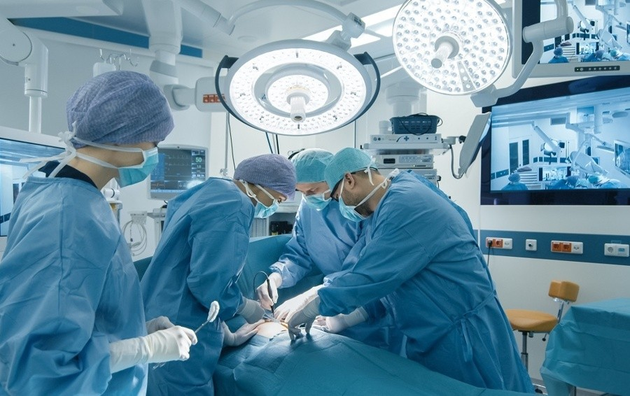 Chirurgia laparoscopica per «eliminare» l'ernia