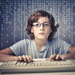 Coding obbligatorio a scuola per combattere le mummie del digitale