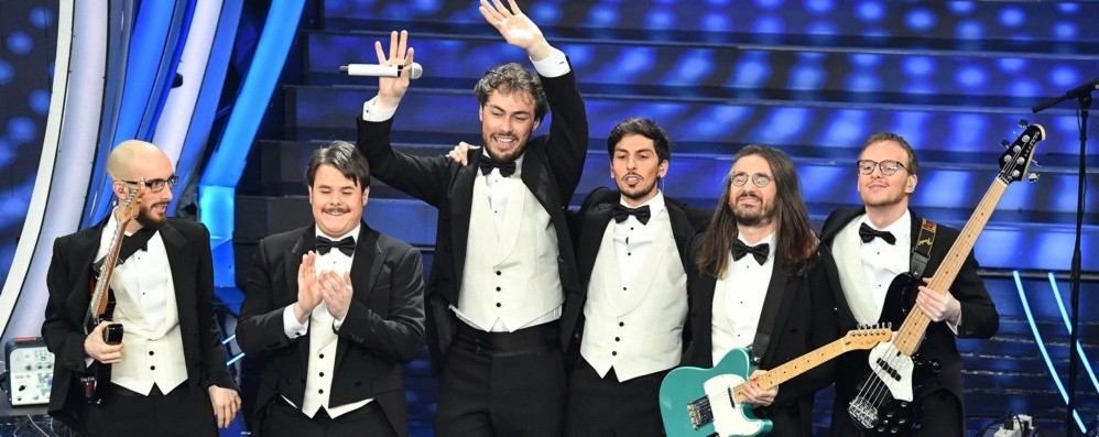 I Pinguini con Bugo a Sanremo Il festival: «Non sarà un'avventura»