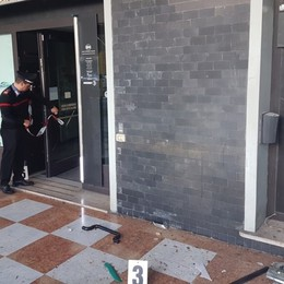 Raid esplosivi ai bancomat di mezza Italia Dieci arresti, 8 i colpi nella Bergamasca