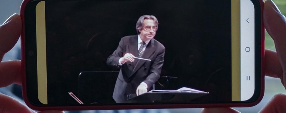 Riccardo Muti attraversa l'Italia Concerto a Bergamo: online il 21 marzo