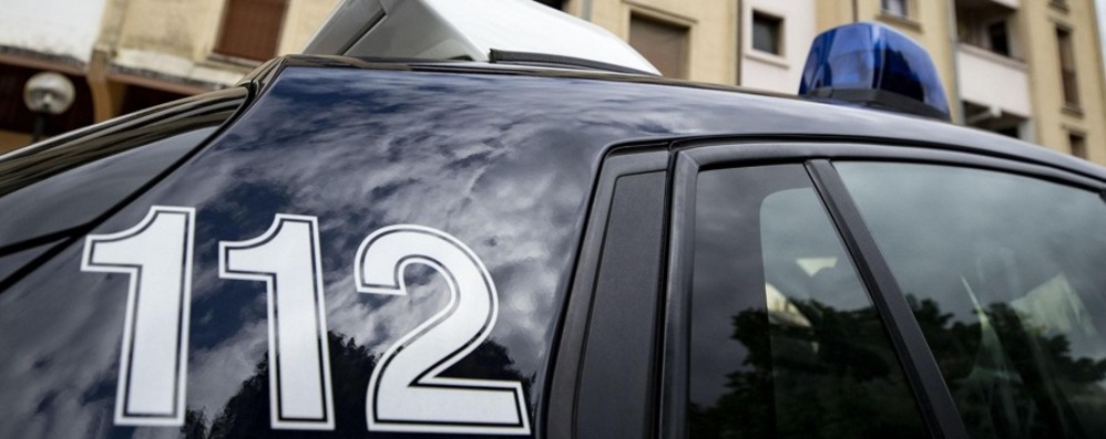 Romano, scoperto a rubare al supermarket Ferisce guardia: arrestato 37enne