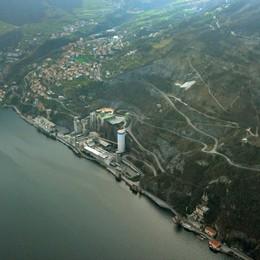 Tavernola, lo studio dell'Università Bicocca «La frana non finirà tutta nel lago»