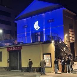 Teatri chiusi da un anno per il Covid Luci accese per una sera: «Ci siamo»