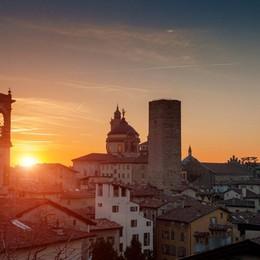 Sfida online Bergamo-Genova In palio il restauro di un monumento