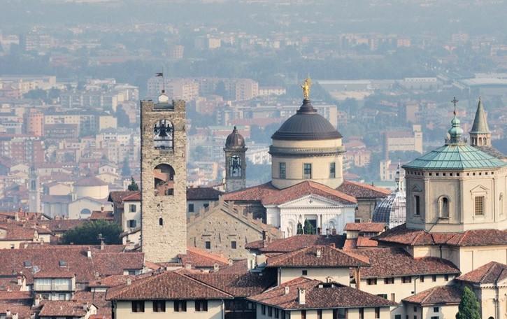 La Chiesa di Bergamo si rinnova Il Vescovo nomina 36 nuovi parroci