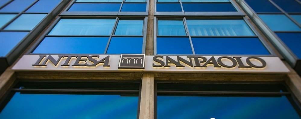Per 54 filiali Ubi di Bergamo arriva il passaggio a Intesa Sanpaolo