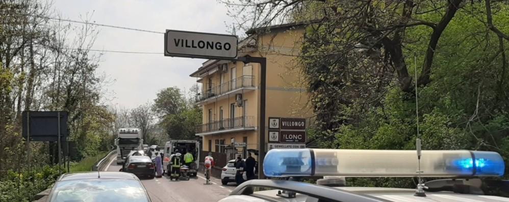 Schianto frontale a Villongo, tre feriti e lunghe code