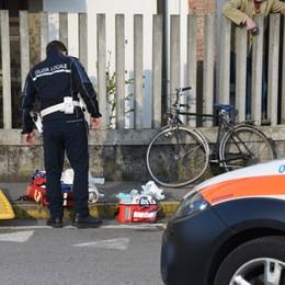 In bicicletta travolto da un'auto: grave un 73enne a Treviglio