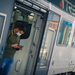 Treni, problemi sulla linea Milano-Bergamo a causa di un atto vandalico
