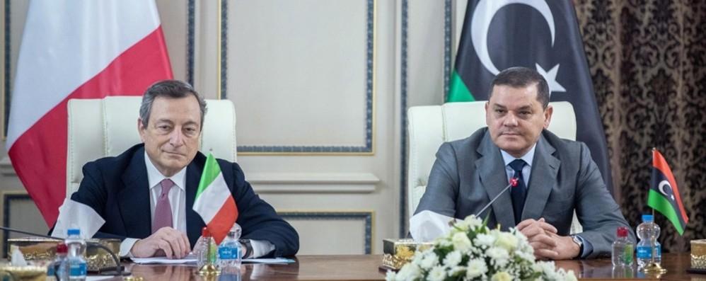 Italia-Libia: fra gli aiuti e i migranti c'è altro