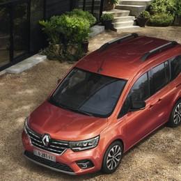 Renault Kangoo, ora la sicurezza è di serie