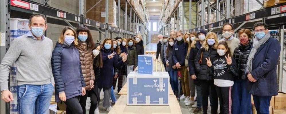 Rotary food box, aiuti a 100 famiglie rimaste senza reddito per la pandemia - Foto