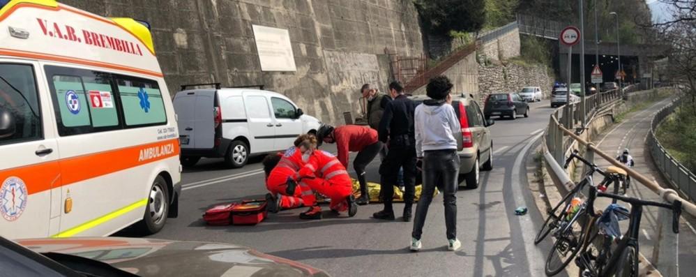 Super lavoro per il 118, mattinata di incidenti in provincia: sei ciclisti coinvolti