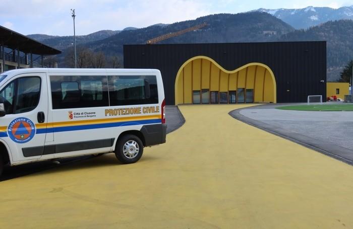 centro sportivo di Clusone allestito per la vaccinazione anti-Covid